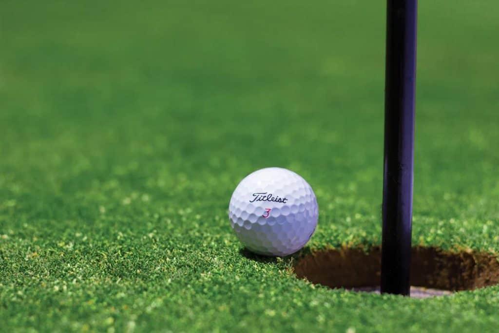 golfing-in-dingle