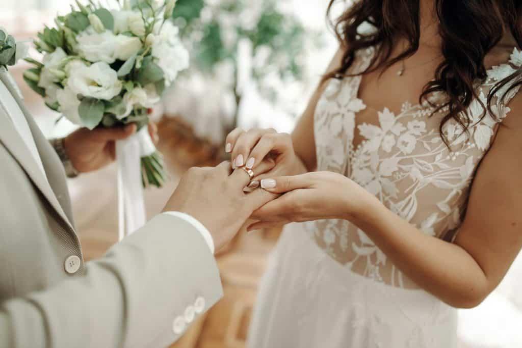 weddings-at-emlagh-house